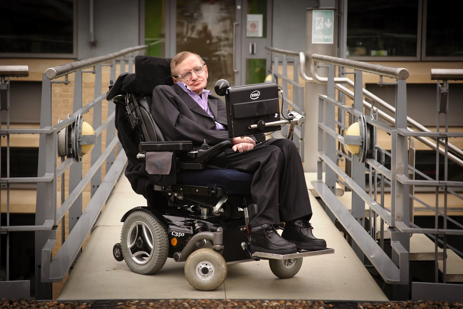 The World's Greatest Scientist Stephen Hawking Died